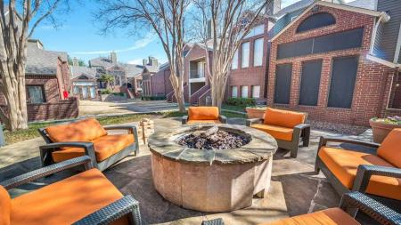 Amenities in Apartments in Lakewood Dallas, TX   Lakewood on the Trail