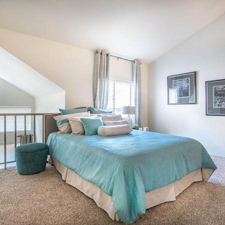 1-Bedroom Apartments in Dallas, TX | Lakewood on the Trail