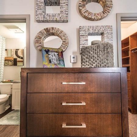 Apartments with Walk-In Closets in Dallas, TX | Lakewood on the Trail