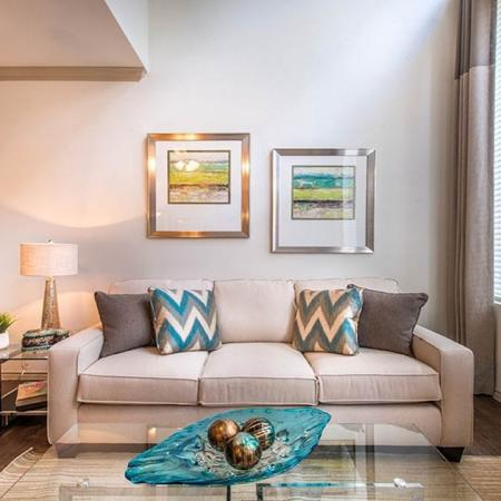 Large Loft Apartments in Dallas, TX | Lakewood on the Trail