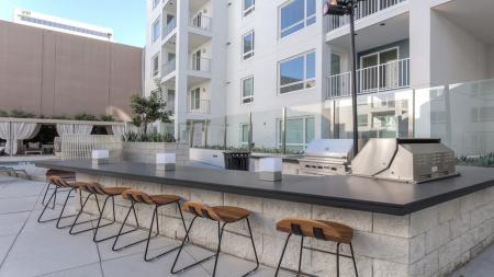 Outdoor Grills and Kitchen for Entertaining   Modera Glendale