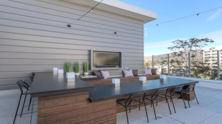 Outdoor Dining Space on Rooftop Deck   Modera Glendale