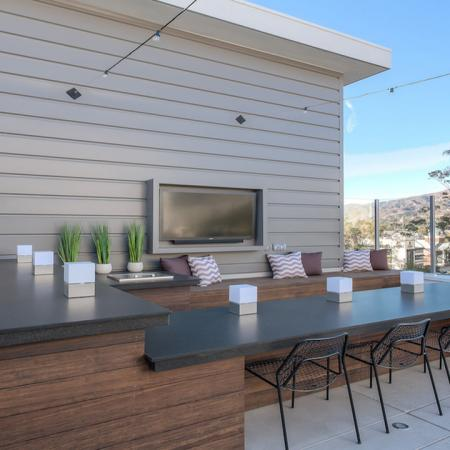 Outdoor Dining Space on Rooftop Deck | Modera Glendale