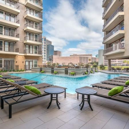 Sparkling Pool | Apartments for rent in Houston, TX | Modera Flats