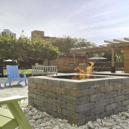 Cozy Fire Pit on Rooftop Lounge| Skye at Belltown