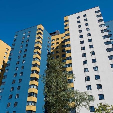 Belltown Apartment Community Building Exterior | Skye at Belltown