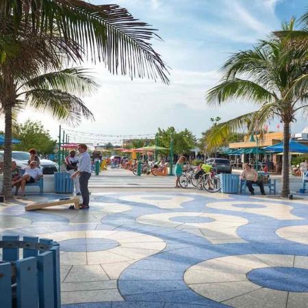 Lively Florida Neighborhood | Modera Port Royale
