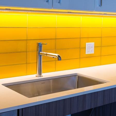 Counter in Resident Entertaining Kitchen | Modera Ballard