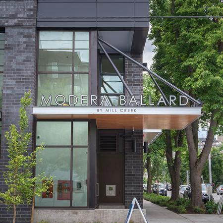 Community Entrance | Modera Ballard