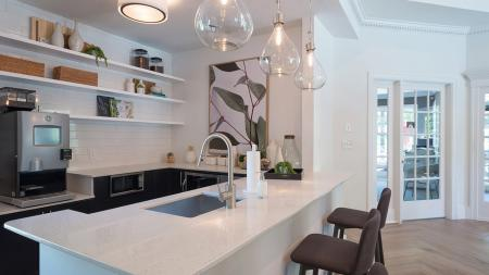 Clubroom Kitchen with Coffee Bar | Alister Quincy