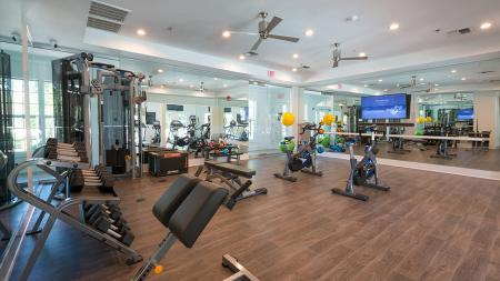 Full-Service Fitness Center | Alister Quincy