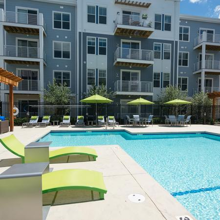 Tanning Deck and Outdoor Lounge | Modera Medford