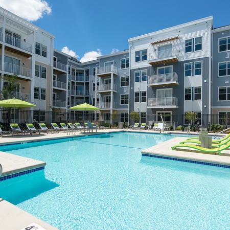 Hotel-Inspired Pool | Modera Medford