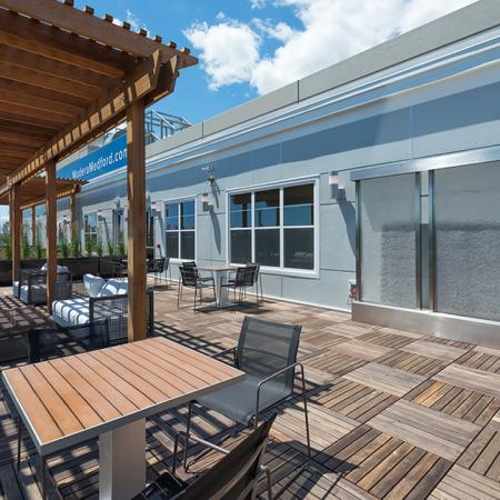 Social Lounge on Rooftop Deck | Modera Medford