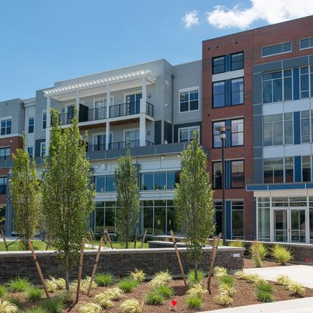 Riverfront Apartment Homes | Modera Medford