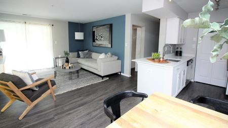 Living Area and Kitchen | Alister Town Center Columbia