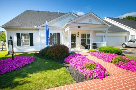 Welcome to The Village of Western Reserve Apartments in Streetsboro, OH