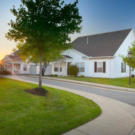 Beautifully landscaped community at The Village of Western Reserve Apartments in Streetsboro, OH