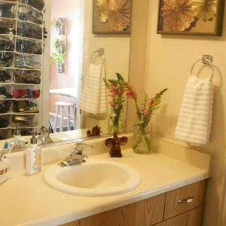 Elegant Bathroom | Cambridge Court