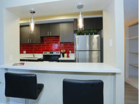 Elegant Kitchen   Las Vegas Student Apartments   The Point on Flamingo