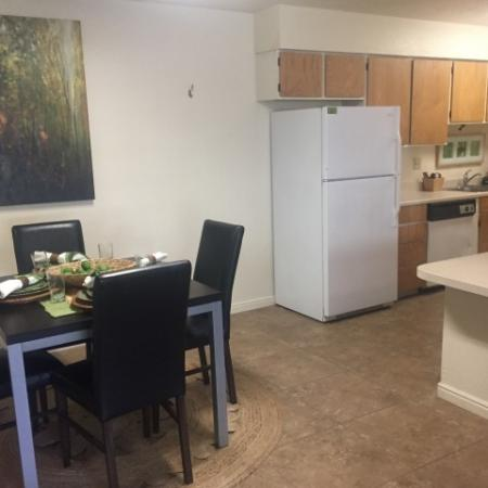 Spacious Dining Area | Raintree Commons Apartments | Apartments in Provo Utah