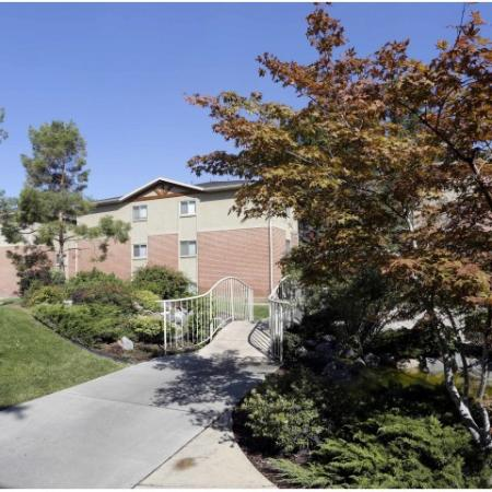 Apartments Near Byu | The Lodges at Glenwood