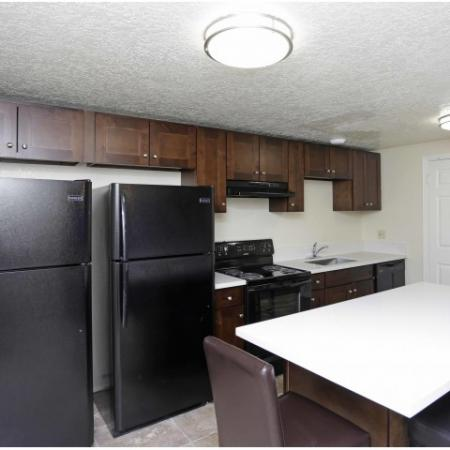 Modern Kitchen | Byu Housing Provo | The Lodges at Glenwood